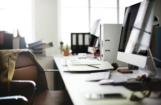 remodeling your office - office desk
