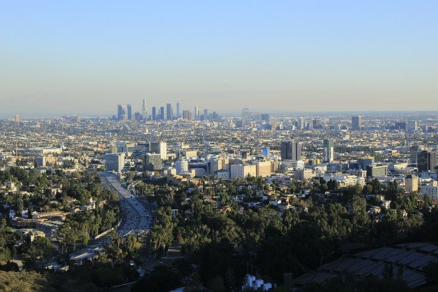 Los Angeles - Prepare properly if you are planning for a Texas family moving to Los Angeles.