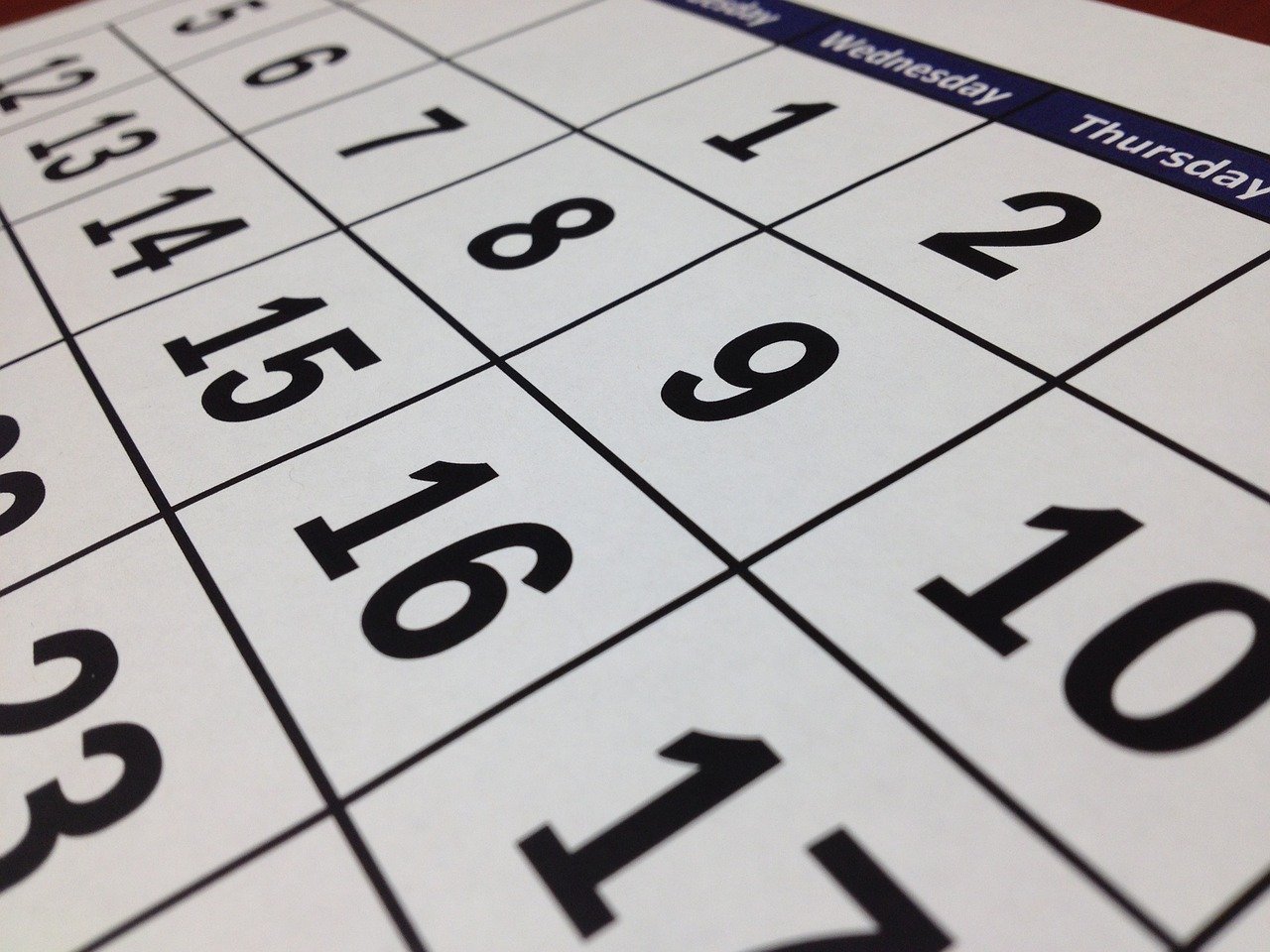 A calendar to set the date when you will relocate from Colorado to California.